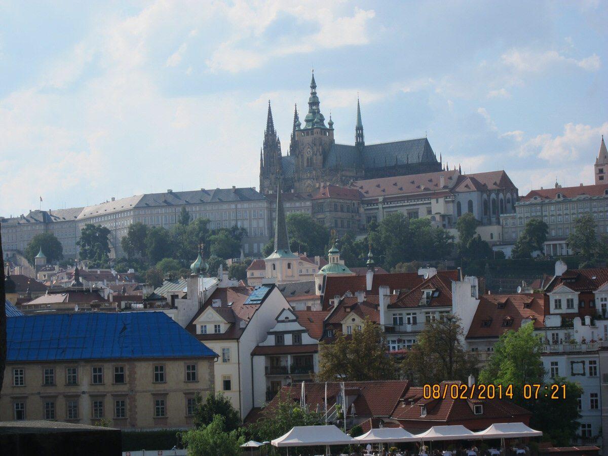 2014 Team Praha - Praque Castle - photo 5 from Leah Baugh